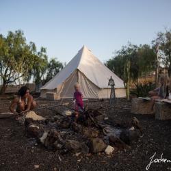 Barbecue an unserer eigenen Feuerstelle vor unserem Zelt